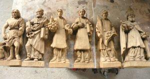 Statuettes en bois